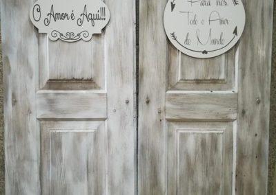 Aluguer de acessórios decorativos -Portas antigas para decoração